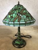 Single green Tiffany style lamp with dragonfly design, approx 57cm in height