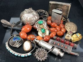 Collection of jewellery interesting items and Objet d'art