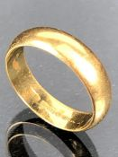 22ct Gold Wedding band size 'Q' approx 6.8g