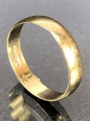 9ct Gold ring approx size 'S' & 1.7g