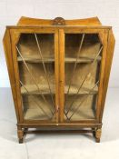 Art Deco display cabinet with two shelves and starburst design to glazing, approx 97cm x 30cm x