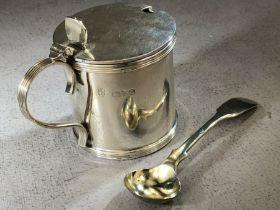 Hallmarked Silver mustard pot with blue glass liner Chester, maker Barker Brothers (Herbert Edward