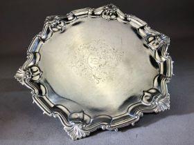 Hallmarked silver salver on three feet, sheffield by maker William Hutton & Sons Ltd approx 24cm