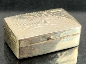 Silver hallmarked Pill box with engraved decoration
