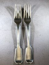 A pair of George IV silver hallmarked forks, by William Chawner II, London 1830