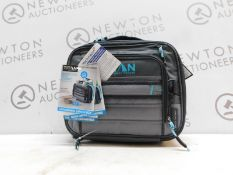 1 TITAN EXPANDABLE LUNCH BOX WITH 2 ICE WALLS RRP £39