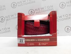 1 BOXED TORC CINAMON & CEDARWOOD LARGE FRAGRANCED CANDLE RRP £39
