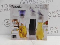 1 BOXED SET OF 3 TRUDEAU OIL & VINEGAR BOTTLES RRP £29.99