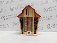 1 BAMBECO MASON NATIVE BEE BARN RRP £39.99