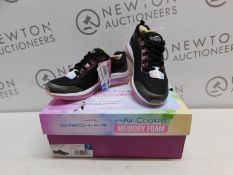 1 BOXED PAIR OF LADIES SKECHERS AIR ELEMENT BLACK TRAINERS UK SIZE 4 RRP £49 (LIKE NEW)