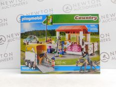 1 BOXED PLAYMOBIL COUNTRY FARM PLAY SET WITH TRAILER STABLES HORSE RRP £39