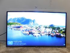 1 LG 43UF770V 43 INCH 4K ULTRA HD SMART LED TV FREEVIEW HD RRP £399 (WORKING, NO STAND OR REMOTE)