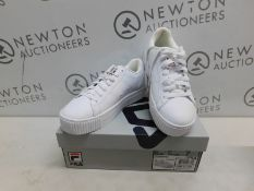 1 BOXED PAIR OF WOMENS FILA REDMOND TRAINERS UK SIZE 7 RRP £39
