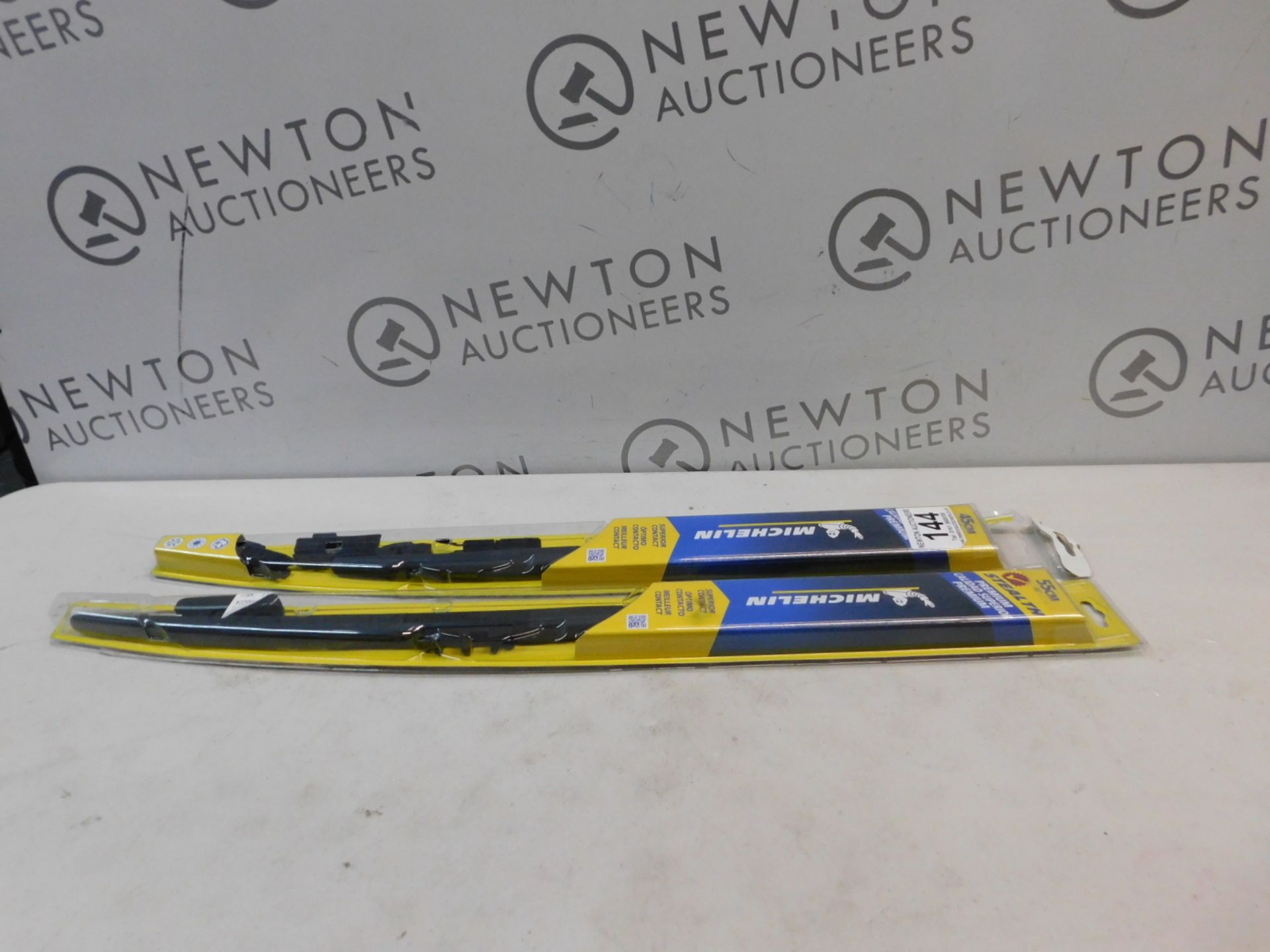 2 PACKS OF MICHELIN STEALTH WIPER BLADES IN VARIOUS SIZES RRP £29.99