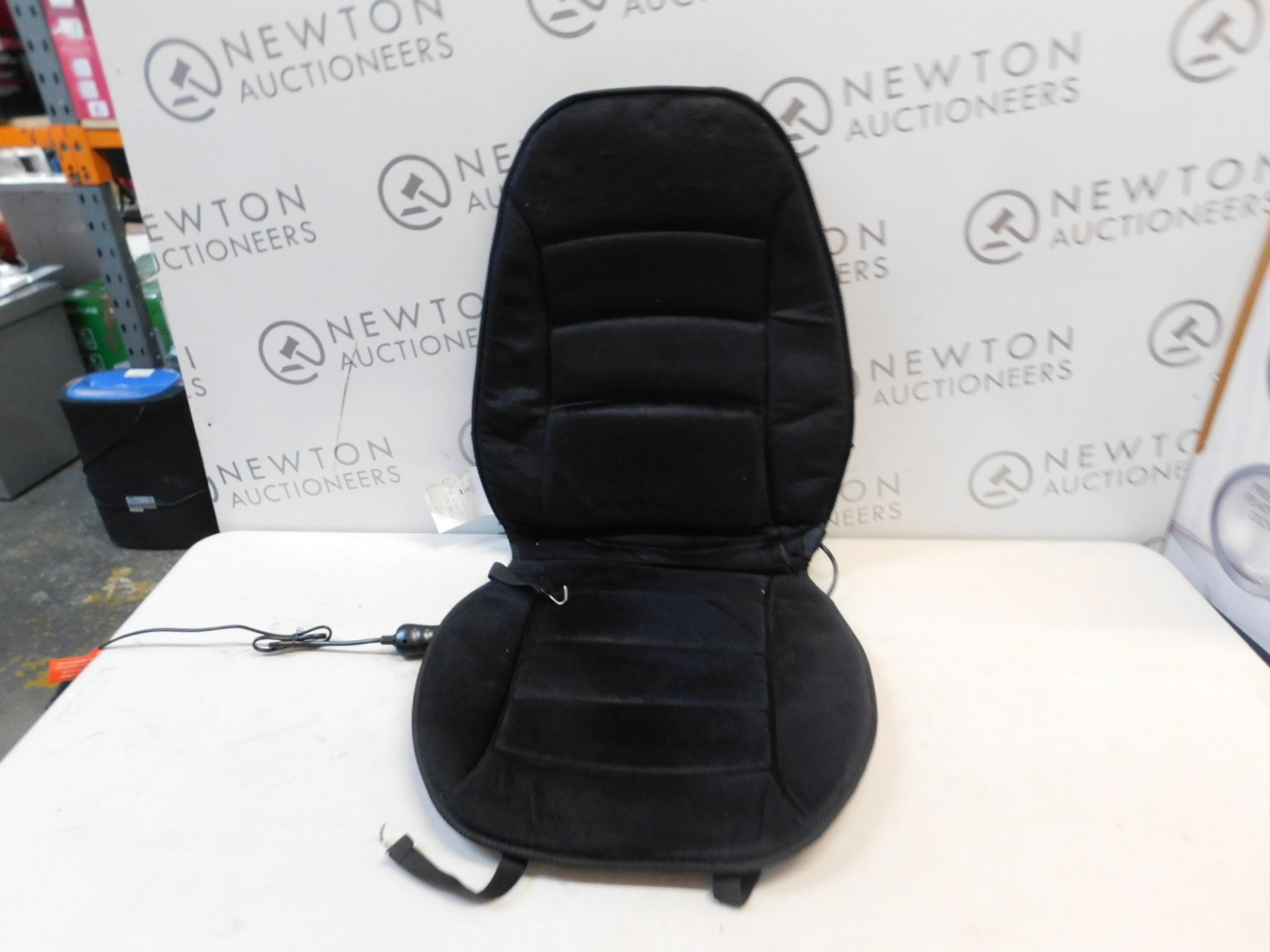 1 HEALTHMATE HEATED SEAT CUSHION RRP £29.99