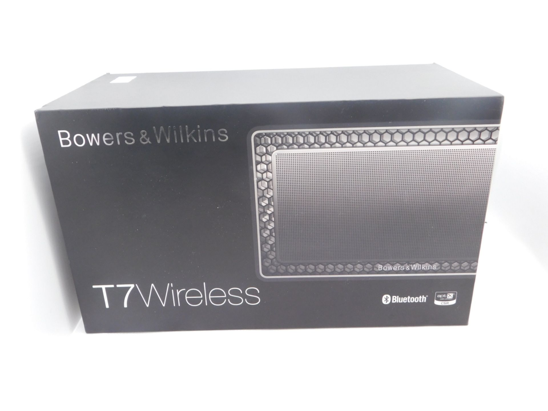 1 BOXED BOWERS AND WILKINS T7 WIRELESS BLUETOOTH SPEAKER RRP £239.99 (POWERS ON/WORKS)