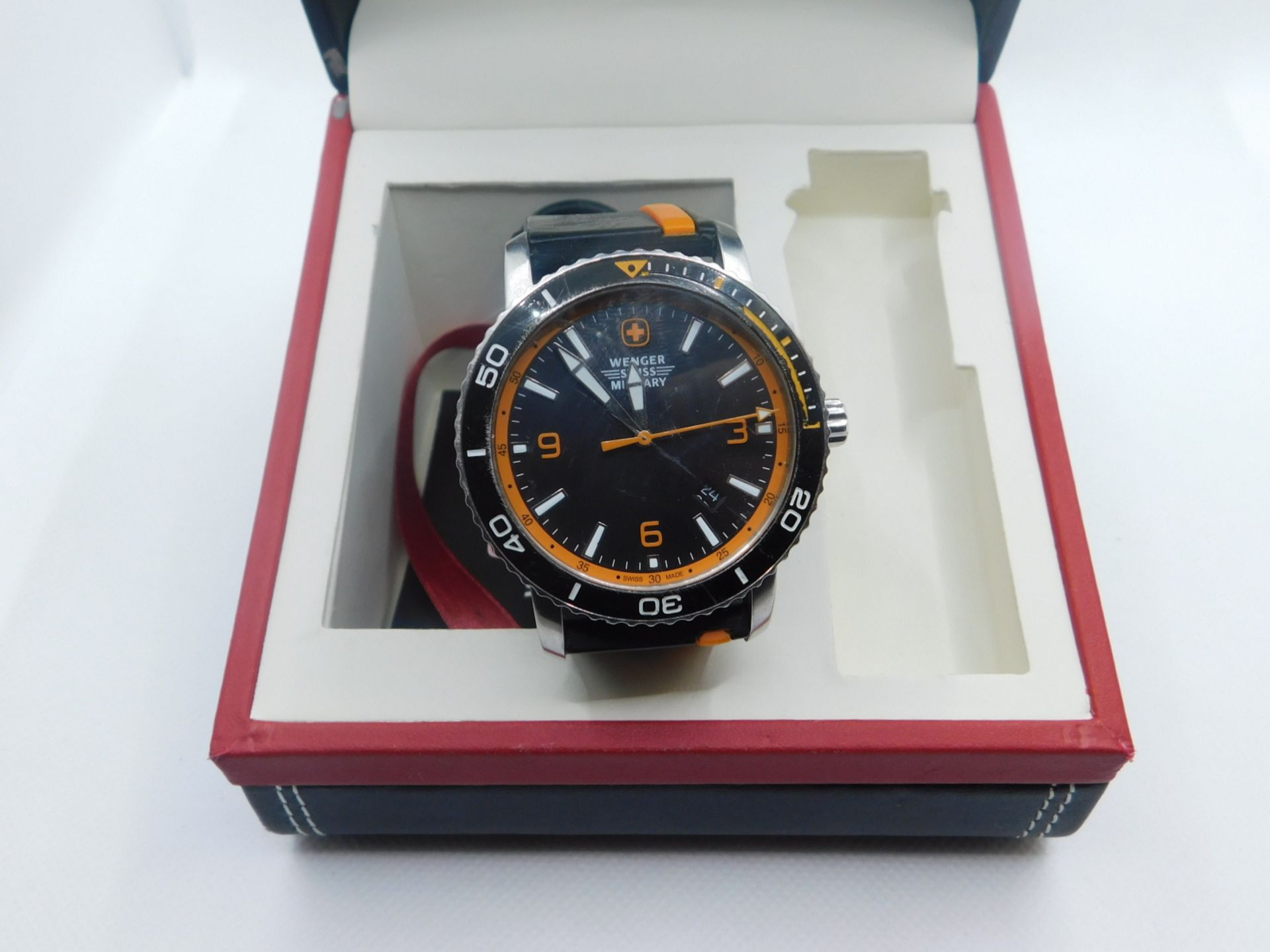 1 BOXED WENGER SWISS MILITARY MENS WATCH RRP £199
