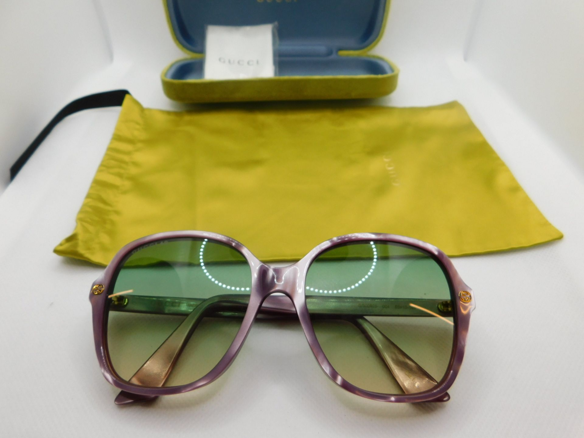 1 PAIR OF GUCCI LADIES SUNGLASSES FRAME WITH CASE AND POUCH MODEL GG0092S RRP £199