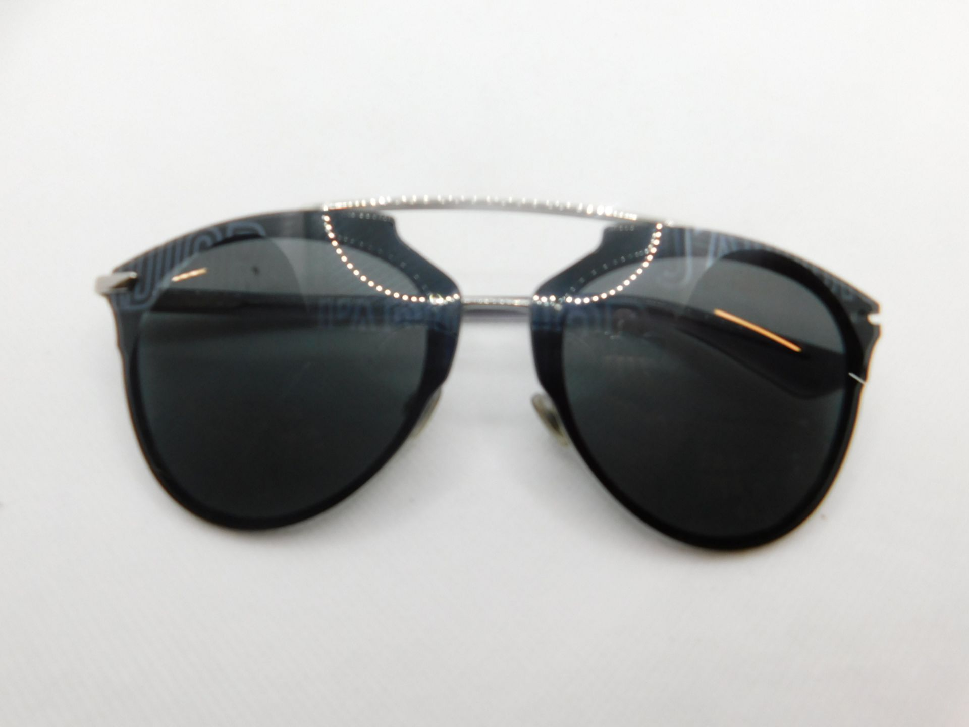 1 PAIR DIOR REFLECTED SUNGLASSES WITH CASE RRP £299 (HINGE SCREW DOESN'T STAY IN FRAME)