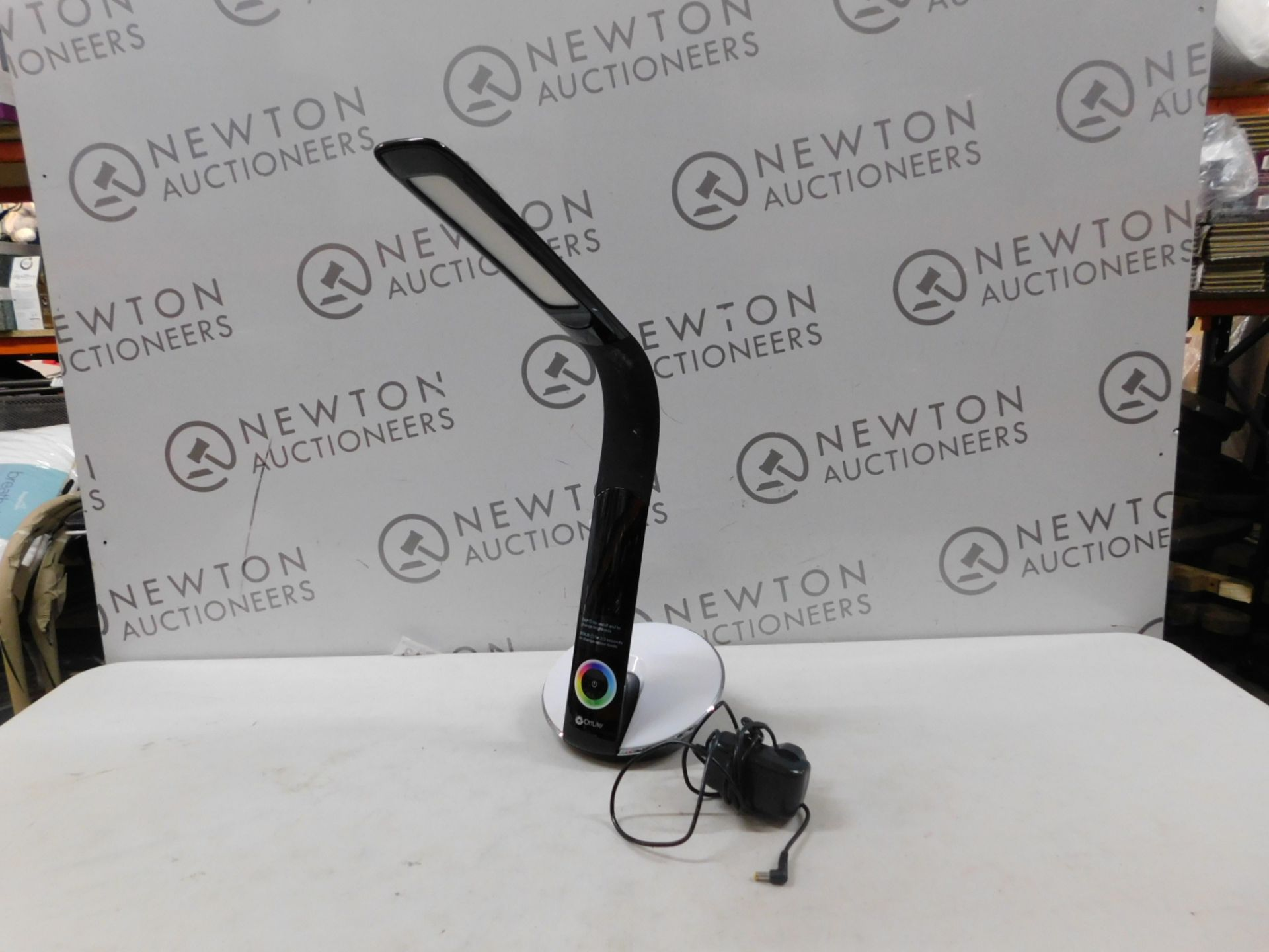 1 OTTLITE LED DESK LAMP WITH COLOUR CHANGING BASE RRP £49.99
