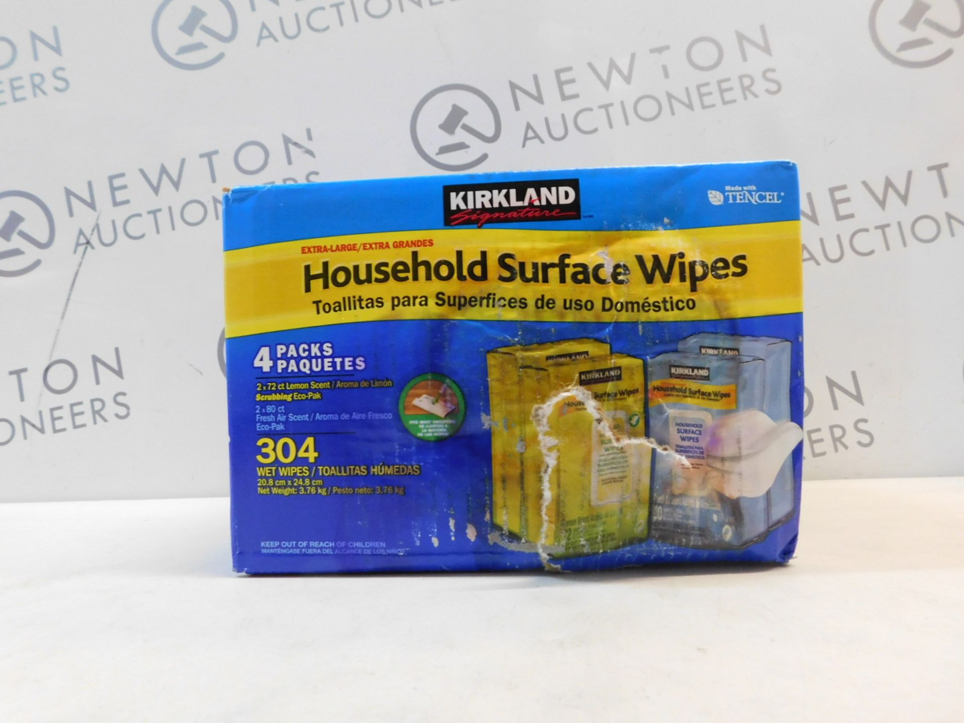 1 BOXED KIRKLAND SIGNATURE HOUSEHOLD SURFACE WIPES RRP £29.99