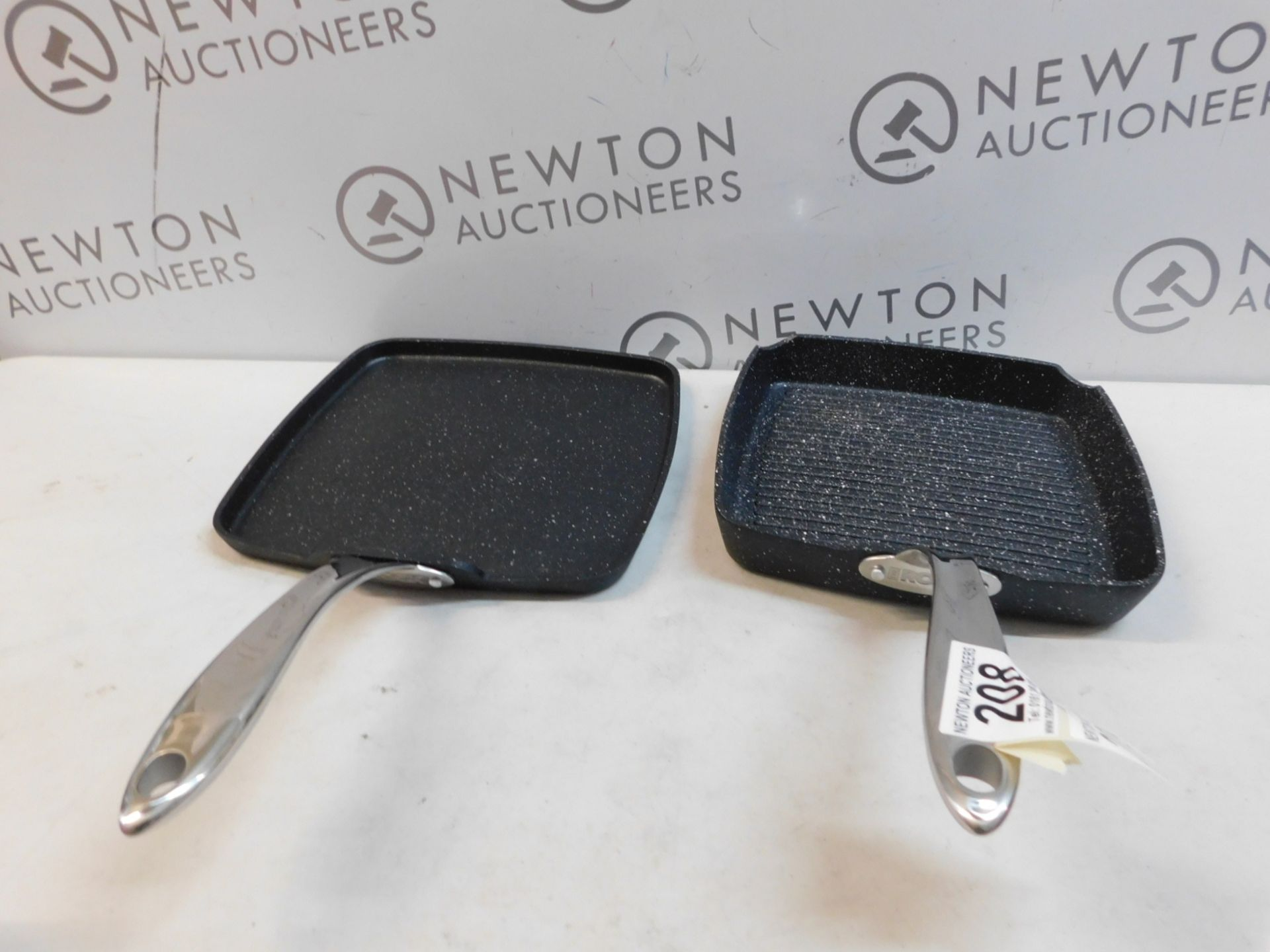 1 STARFRIT THE ROCK GRILL PAN & GRIDDLE SET RRP £64.99