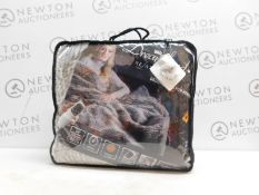1 PACKED DREAMLAND RELAXWELL DELUXE FAUX FUR HEATED THROW RRP £89.99