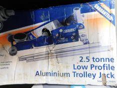 1 BOXED DRAPER 2.5 TONNE LOW PROFILE ALUMINIUM/ STEEL TROLLEY JACK RRP £199