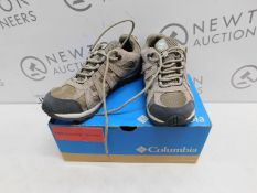 1 BOXED PAIR OF WOMENS COLUMBIA REDCREST WATERPROOF SHOES UK SIZE 4 RRP £79