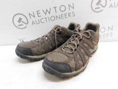 1 PAIR OF MENS COLUMBIA REDCREST WATERPROOF SHOES UK SIZE 10 RRP £79