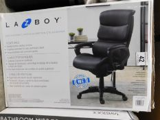 1 BOXED LA-Z-BOY AIR EXECUTIVE BLACK BONDED LEATHER OFFICE CHAIR RRP £299 (1 LEG CRACKED)