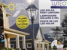 1 BOXED LUTEC 300 LUMENS LED SOLAR POST LANTERN RRP £129.99