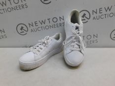 1 PAIR OF WOMENS FILA REDMOND TRAINERS UK SIZE 7 RRP £39