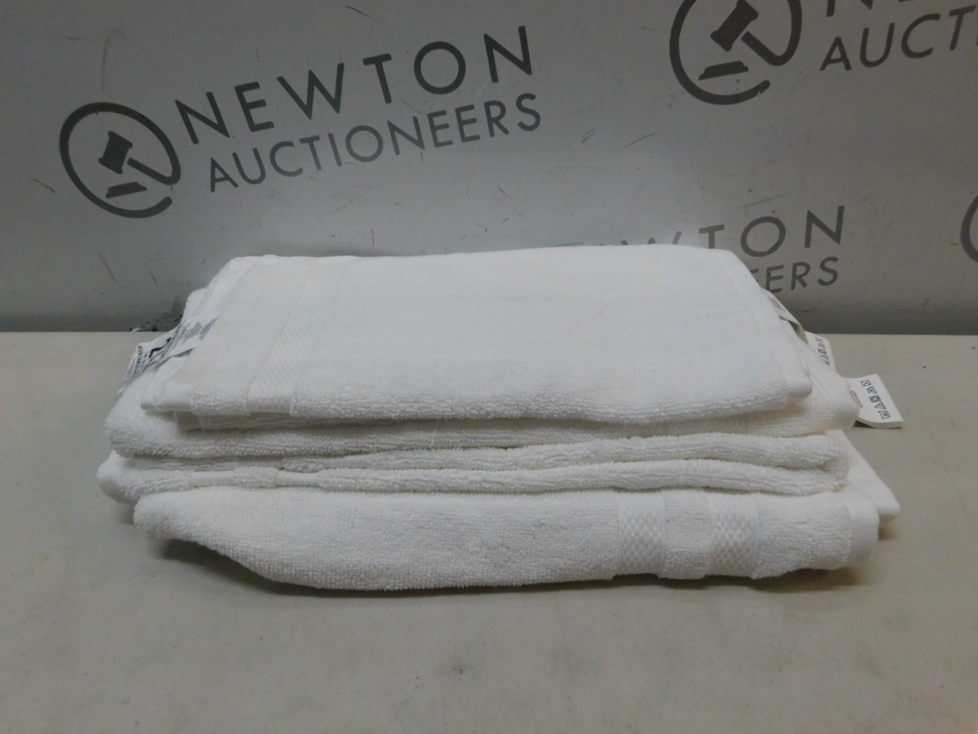 1 SET OF CHARISMA WHITE HAND AND FACE TOWELS 6PC RRP £29