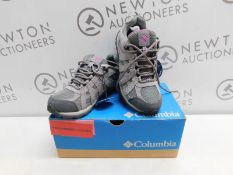 1 BOXED PAIR OF WOMENS COLUMBIA REDCREST WATERPROOF SHOES UK SIZE 4 RRP £79 (BOTH RIGHT FOOT)