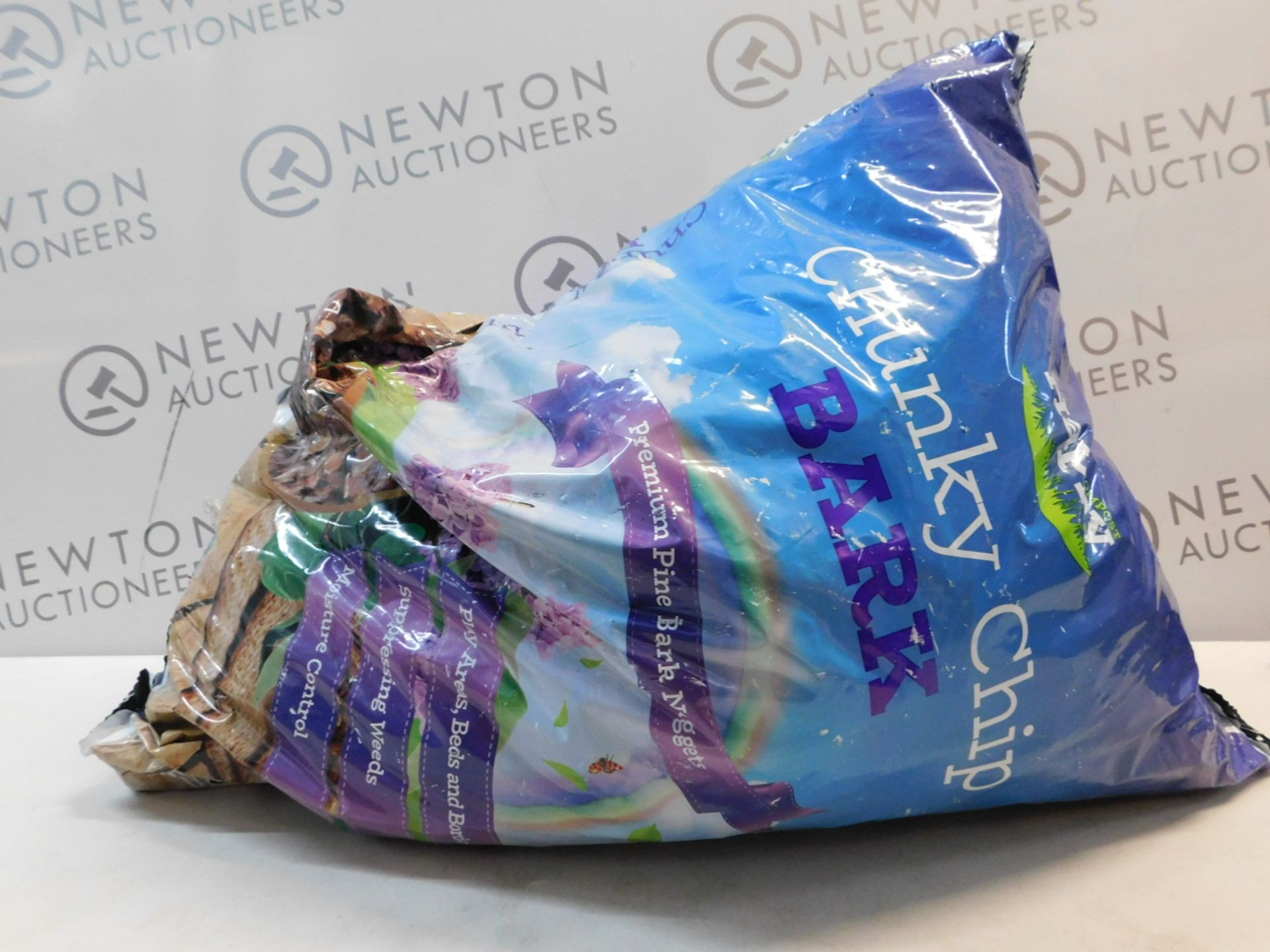 1 BAG OF HAPPY COMPOST CHUNKY CHIP BARK RRP £19
