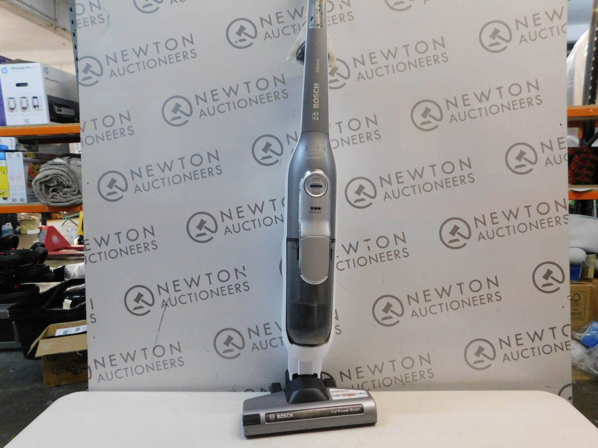 1 BOSCH ATHLET CORDLESS VACUUM CLEANER RRP £199
