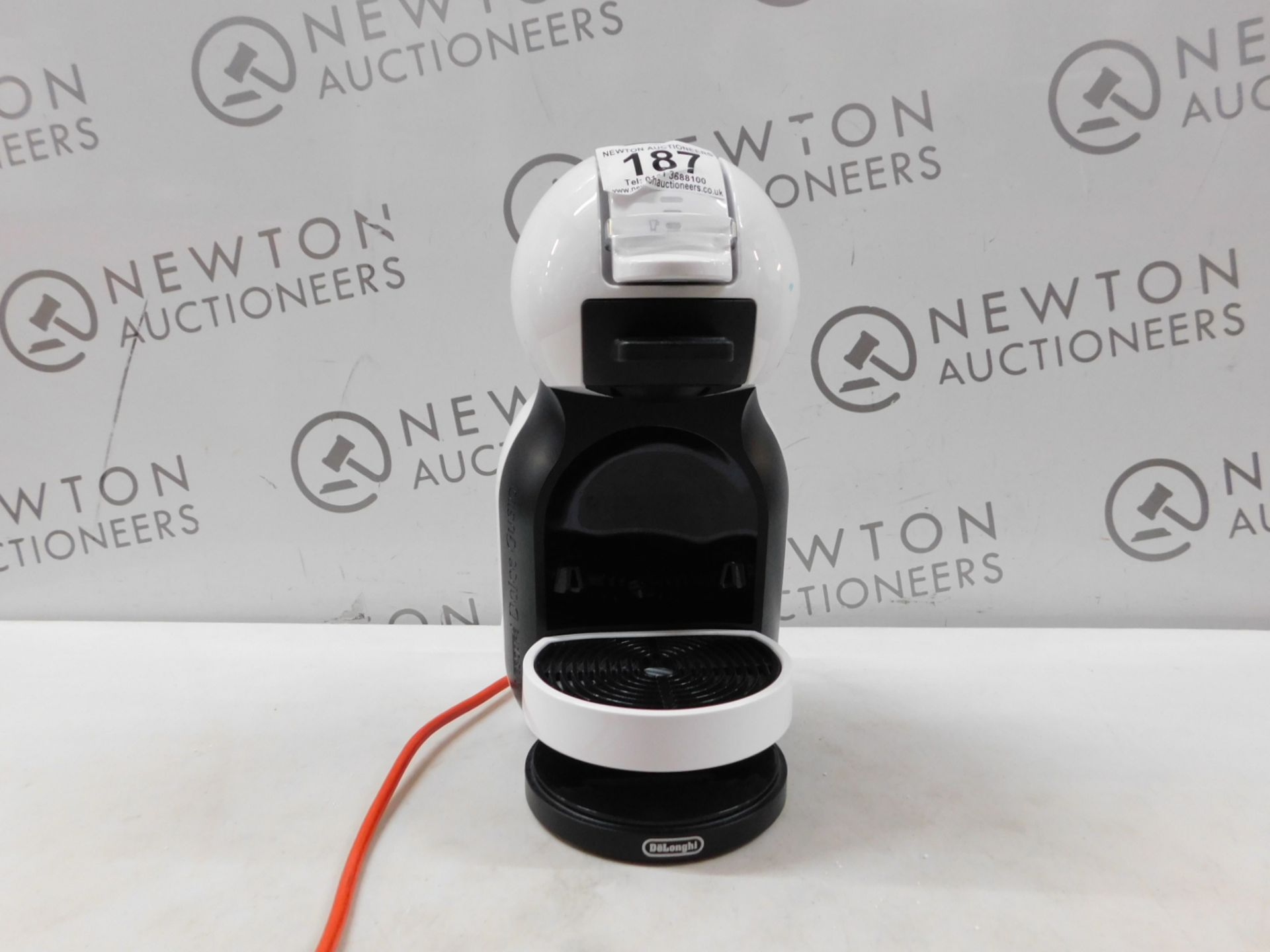 1 NESCAFE DOLCE GUSTO INFINISSIMA AUTOMATIC COFFEE POD MACHINE BY KRUPS RRP £114.99