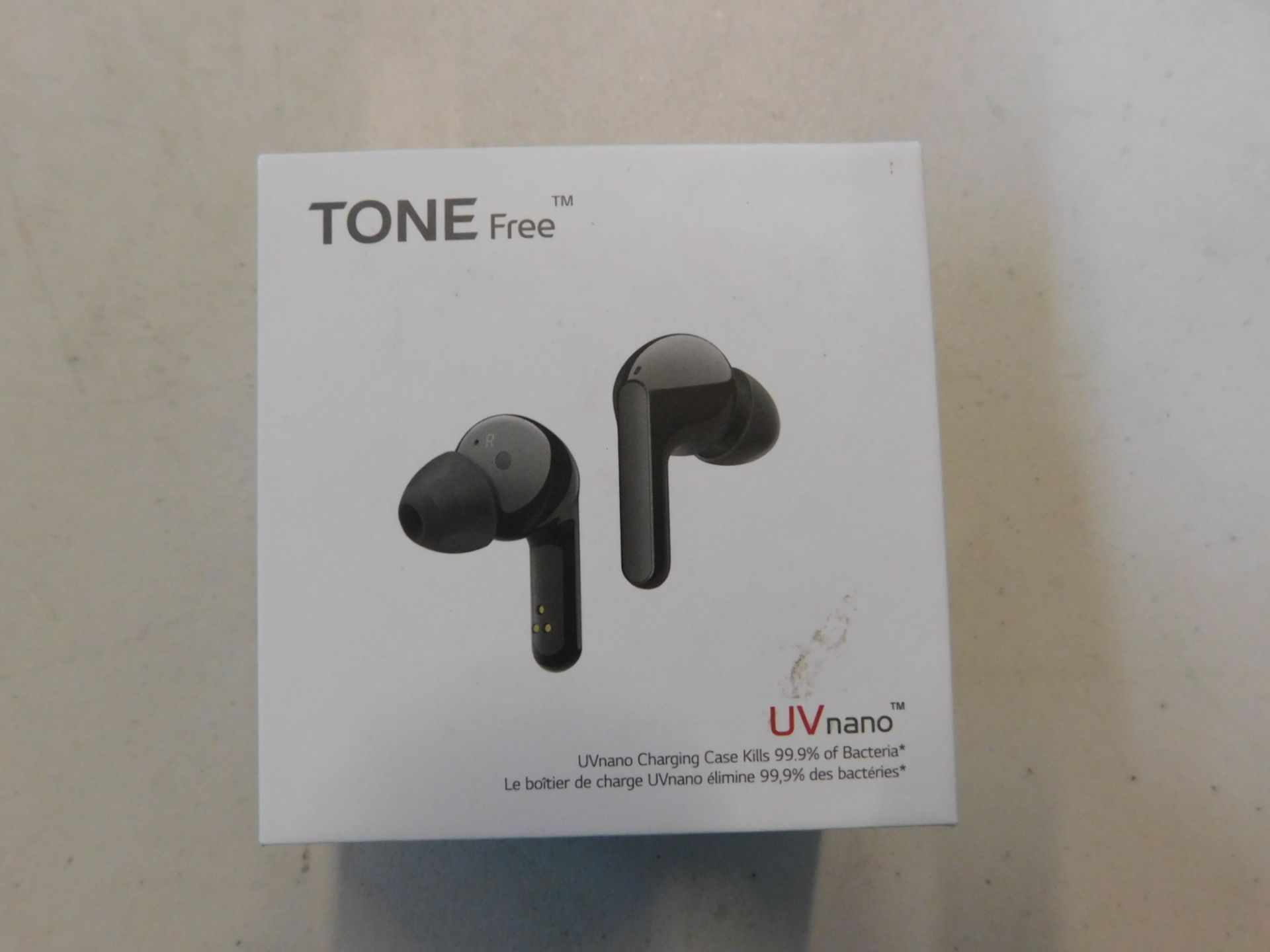 1 BOXED LG TONE FREE EARPHONES WITH MERIDIAN TECHNOLOGY MODEL HBS-FN6 RRP £119.99