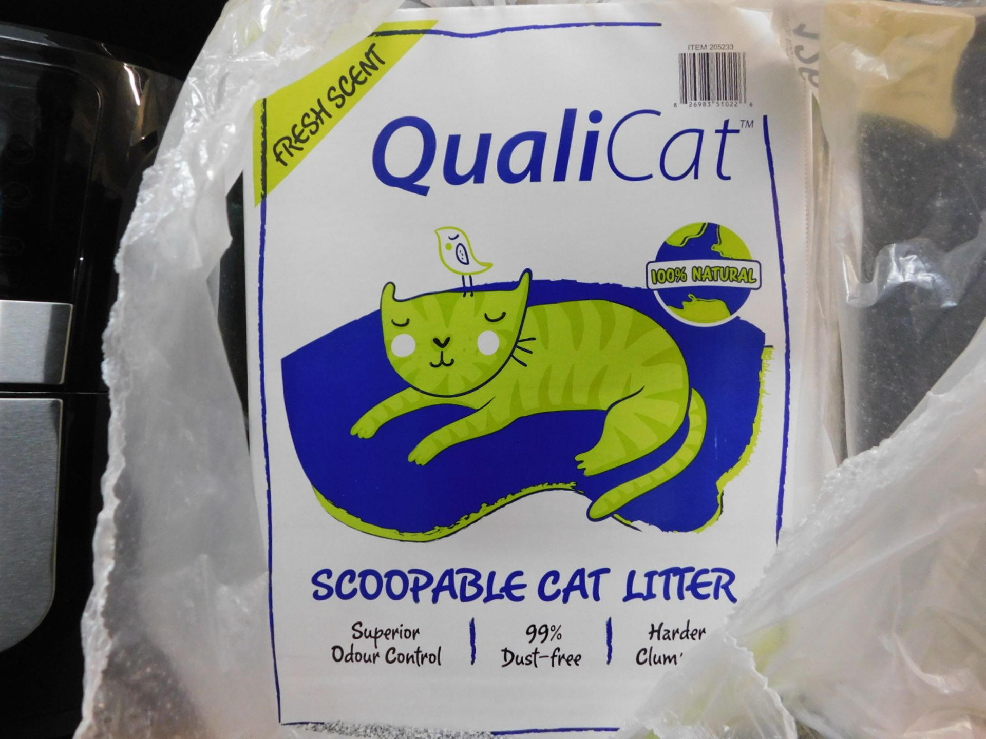 1 BOXED QUALICAT SCOOPABLE CAT LITTER 22.7KG(APPROX) RRP £29.99