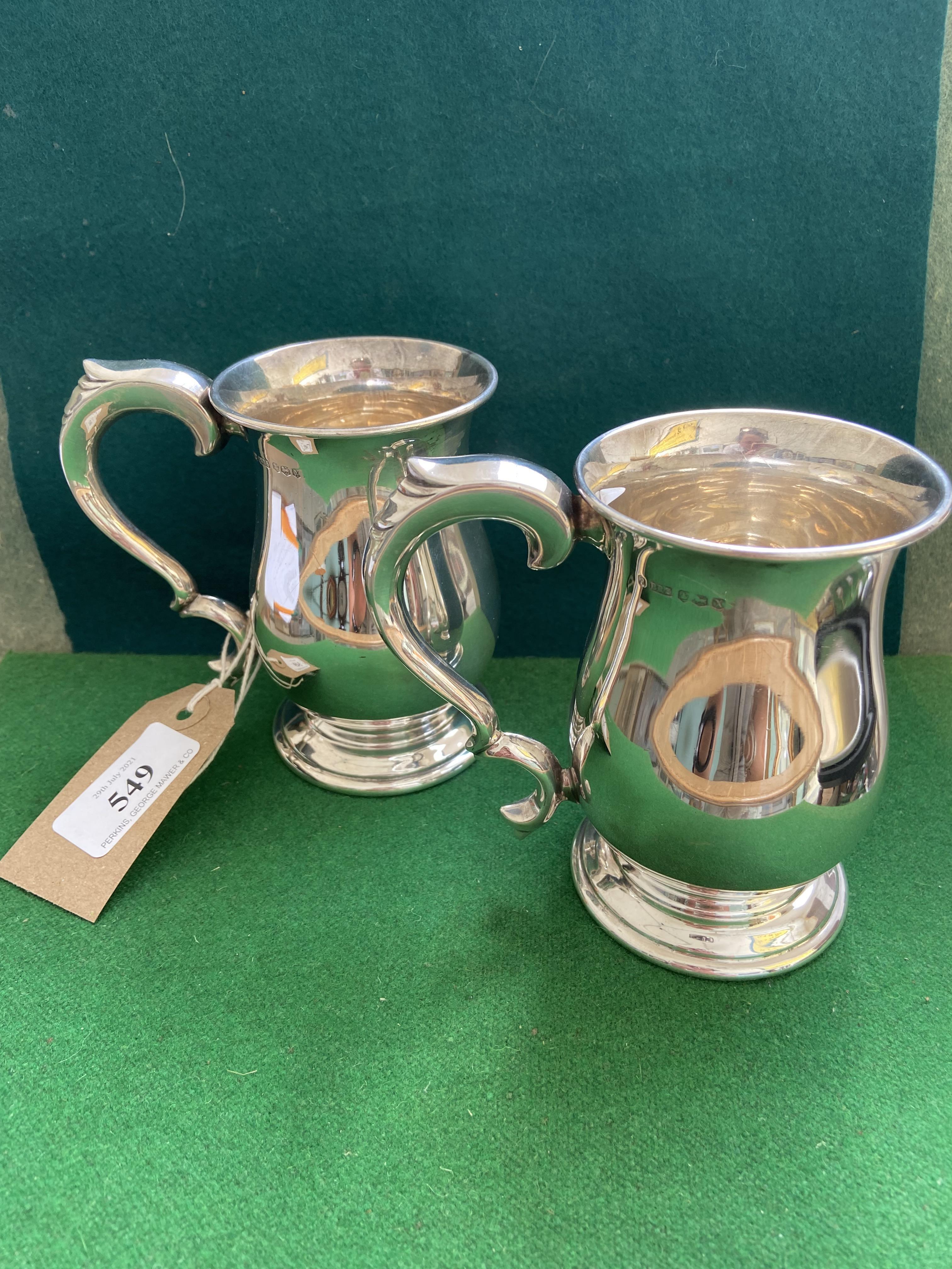 Fine pair of Georgian style silver half pint tankards (Sheffield 1940) (12 3/4 oz.
