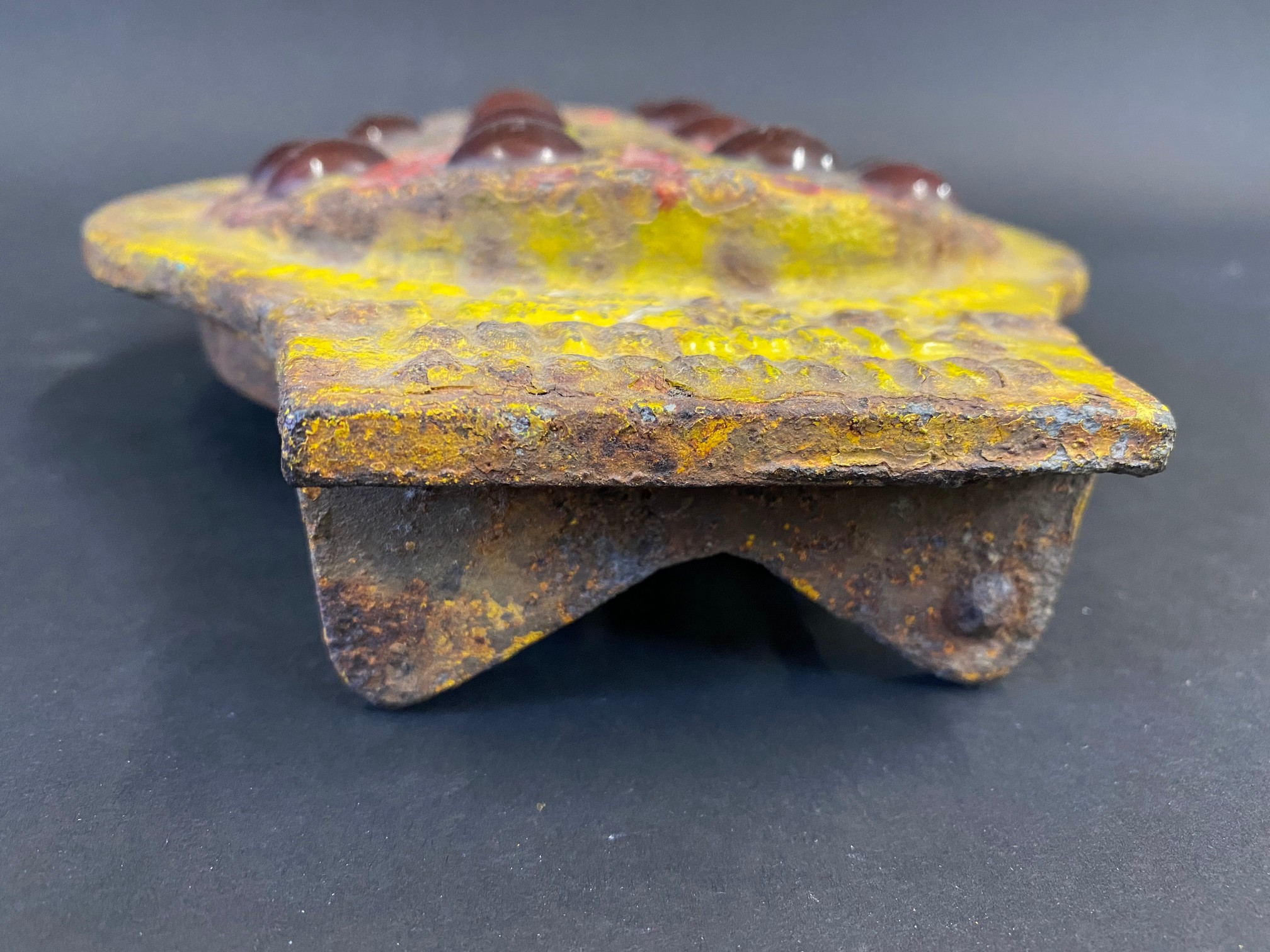 """An early AA cast iron post mounted plaque with 14 integral red glass inserts, 7 1/2 x 9 1/2"""". - Image 3 of 4"""