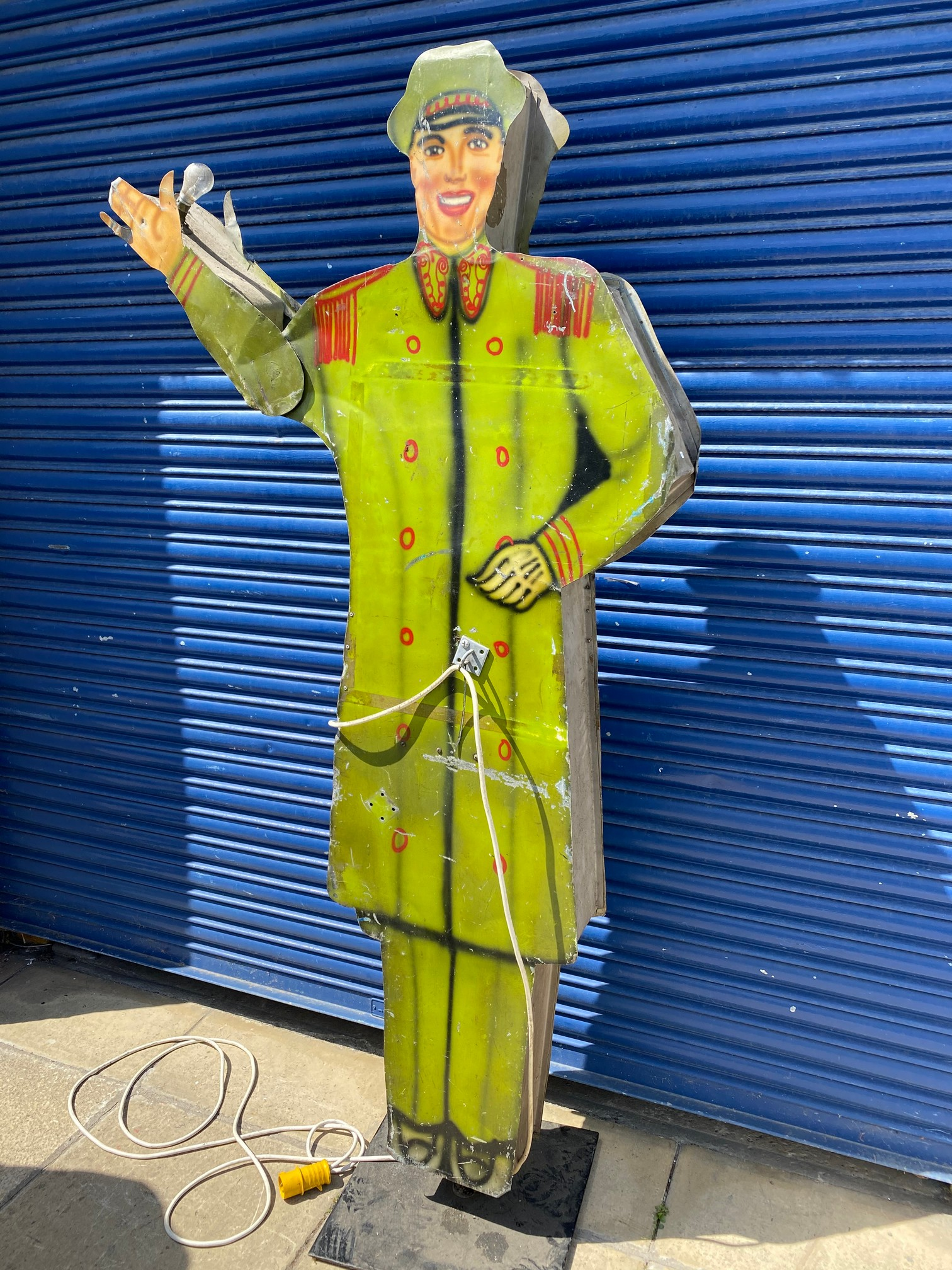 A tall American tin freestanding double sided garage forecourt attendant, with moving arm to draw - Image 5 of 5