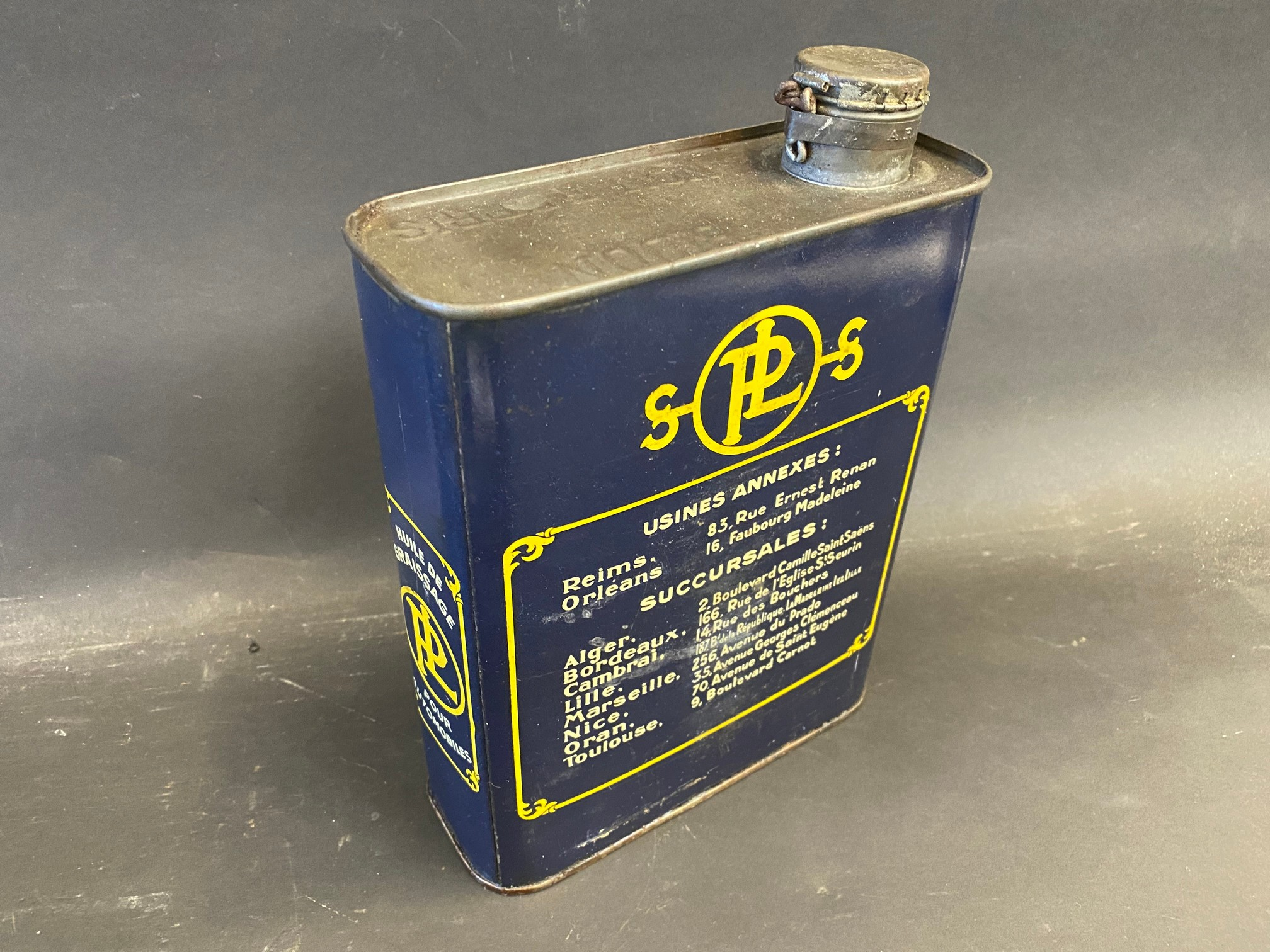 A very rare Panhard & Levassor motor oil can, in very good unopened condition. - Image 2 of 4
