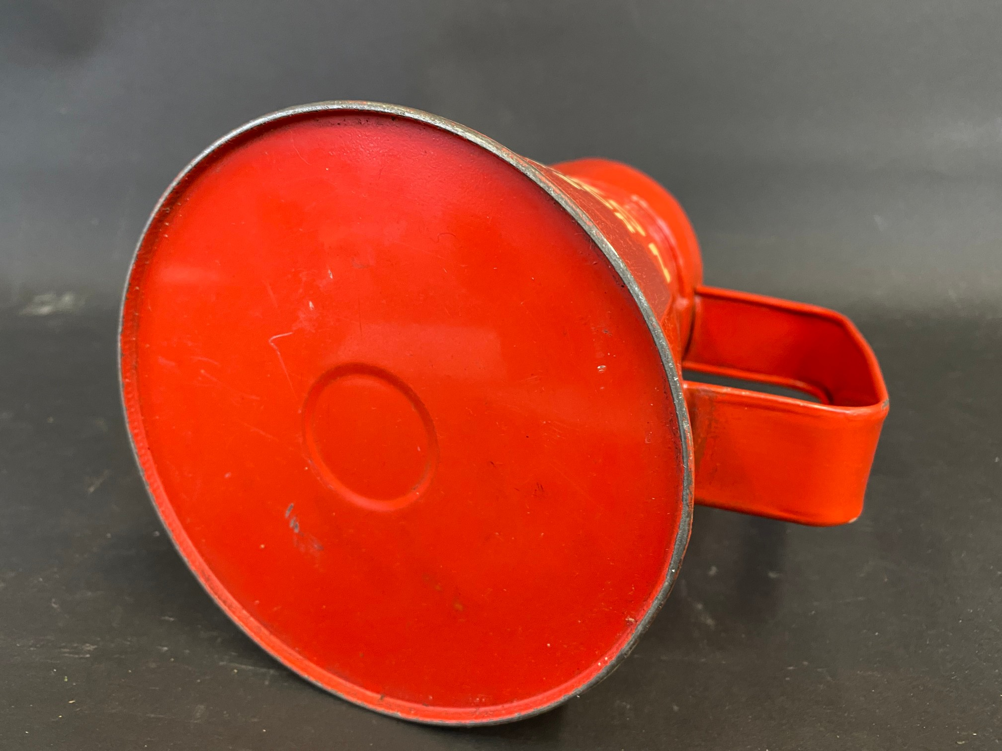 A Thelson Tractor Oils quart measure, in good condition. - Image 5 of 5