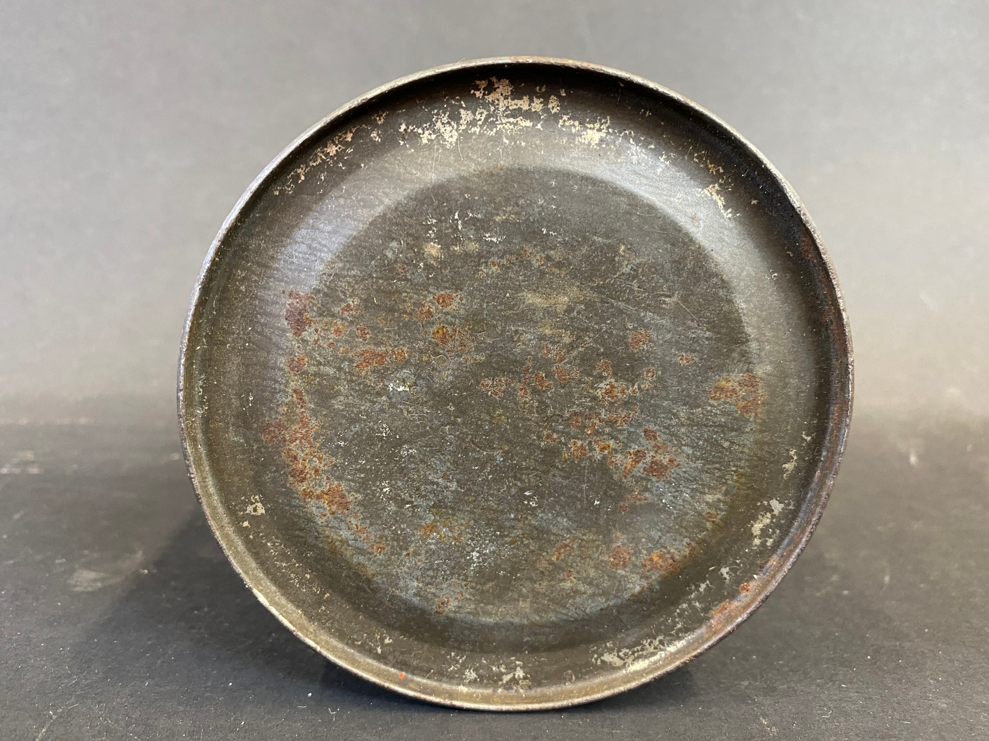 A Duckham's Adcol grease tin. - Image 5 of 5