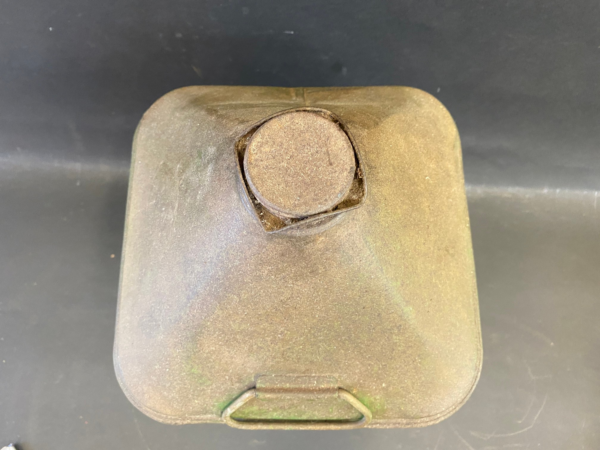 A Liberty Motor Oil square five gallon pyramid can. - Image 3 of 4