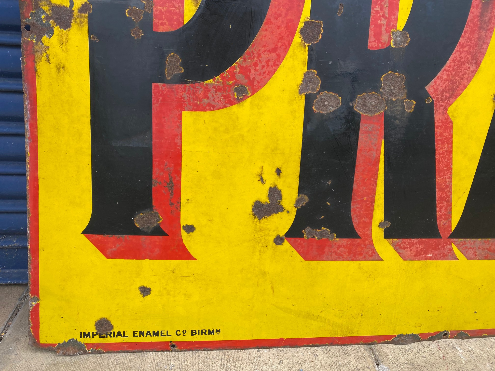 """A large Pratts rectangular enamel sign by Imperial Enamel Co, dated December 1922, 72 1/2 x 36"""". - Image 3 of 5"""