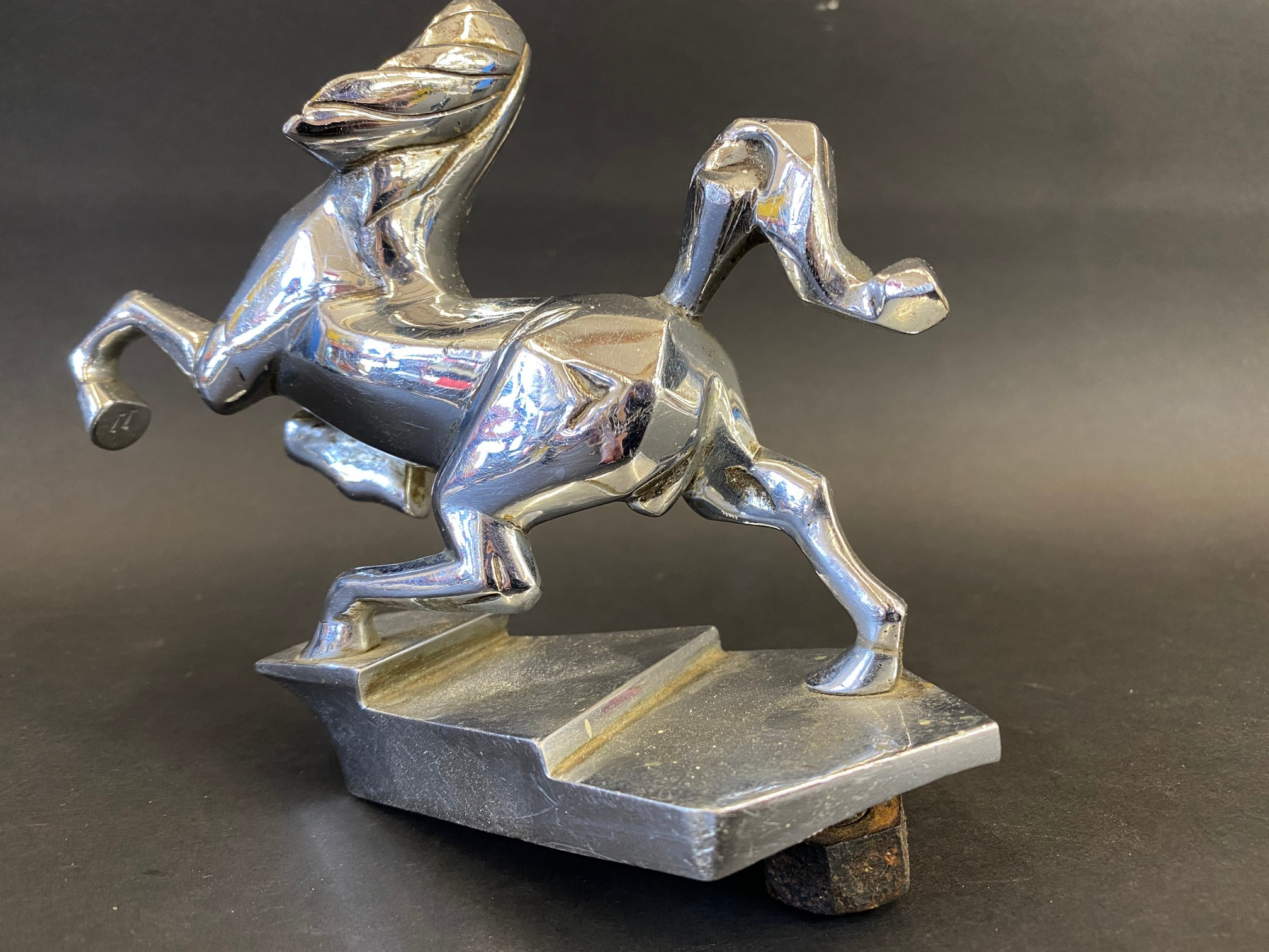An unusual Art Deco chrome plated mascot in the form of a horse with its two front legs raised. - Image 2 of 2