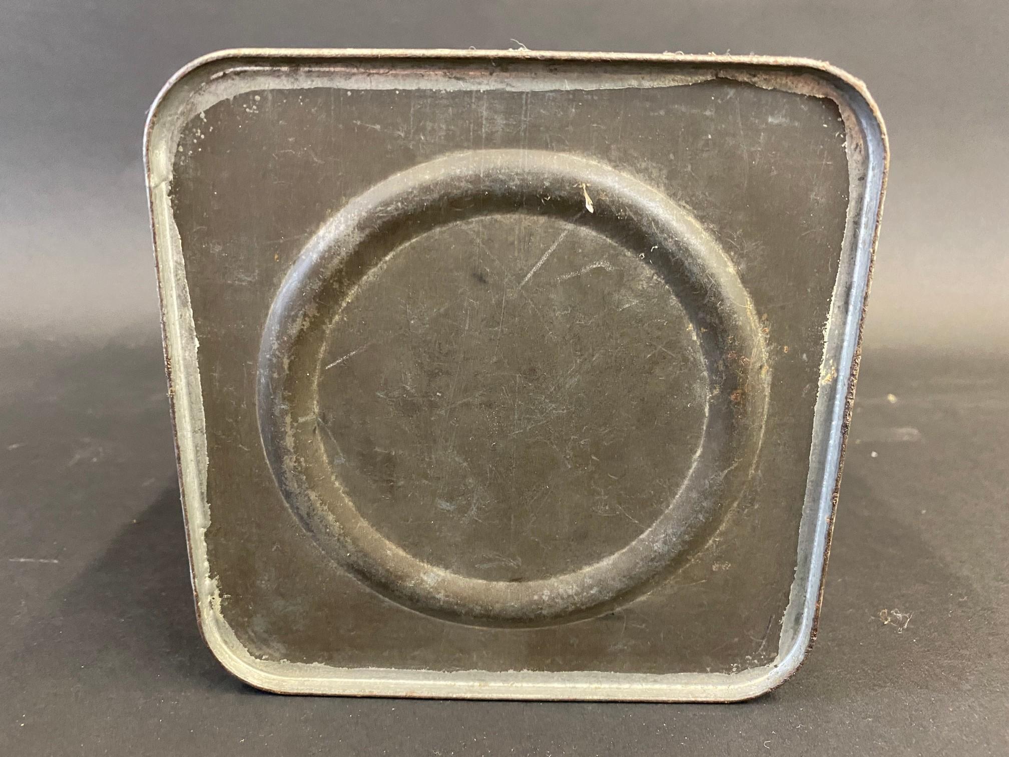 A Gargoyle Mobiloil E.P. grade (Extreme Pressure Lubricant) square gallon can. - Image 4 of 4